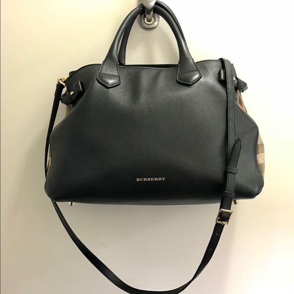 22d949180733 Burberry Handbags - Burberry House Check Medium Banner Tote